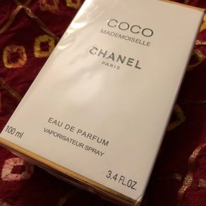 CHANEL Other - Coco Chanel *Authentic*